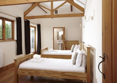 Newhouse cottages bedroom twin